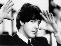 McCartney adaptará ¡Qué bello es vivir!