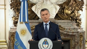 "Argentina está ""en la cornisa"", según Financial Time"